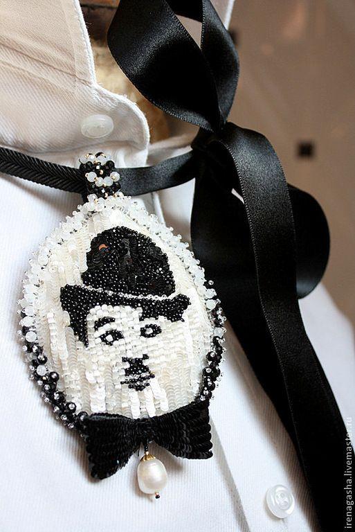 Купить Брошь / Подвеска B15008 - черно-белый, брошь, подвеска, Чарли Чаплин
