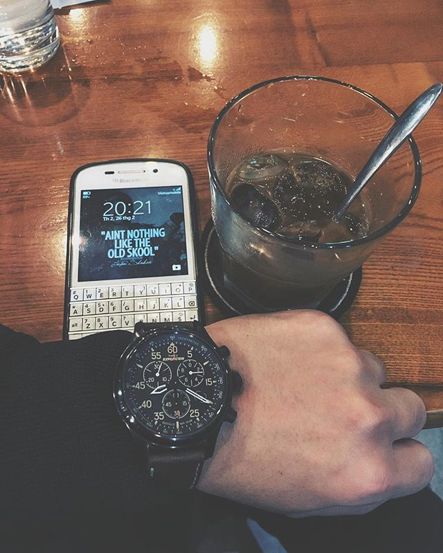 "#inst10 #ReGram @hungvkopskiz: Aint nothin like old skool!!? #blackberry #q10 #watches #timex #oldfriend #longtimenosee #coffee #oldschool . . . . . . (B) BlackBerry KEYᴼᴺᴱ Unlocked Phone ""http://amzn.to/2qEZUzV""(B) (y) 70% Off More BlackBerry: ""http://BlackBerryClubs.com/p/""(y) ...... #BlackBerryClubs #BlackBerryPhotos #BBer ....... #OldBlackBerry #NewBlackBerry ....... #BlackBerryMobile #BBMobile #BBMobileUS #BBMobileCA ....... #RIM #QWERTY #Keyboard .......  70% Off More BlackBerry: ""…"