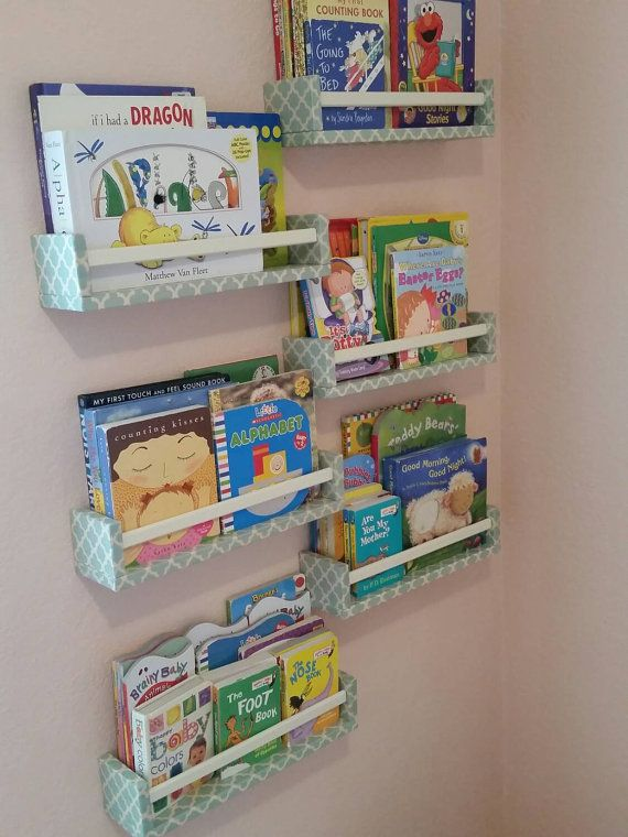 Libro de pared para niños / Estante de pared / por FancyDancyWallDecor