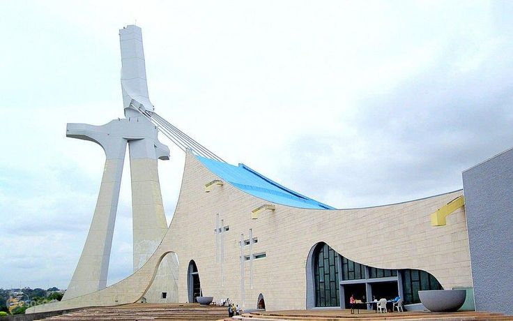Собор Святого Павла в Абиджане – #Кот_д'Ивуар #Лагюн (#CI_01) Второй по величине католический храм Африки http://ru.esosedi.org/CI/01/1000466423/sobor_svyatogo_pavla_v_abidzhane/