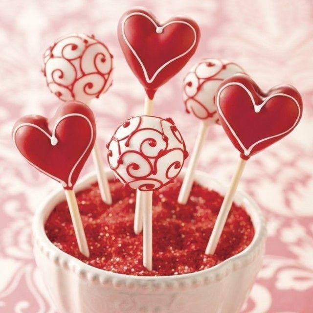 アメリカ発!バレンタインにもぴったり♡甘くてキュートなケーキポップス♥