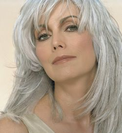 Emmy Lou Harris, sure can rock the grey.  I'd love to grow my hair out like this!White Hair, Grey Hair, Gray Hair, Silver Hair, Beautiful, Hair Style, Emmylou Harry, Greyhair, Grayhair