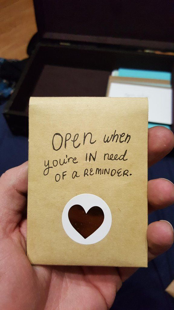 This Girlfriend Left an Epic Surprise For Her Long-Distance Boyfriend, Won Over the Internet