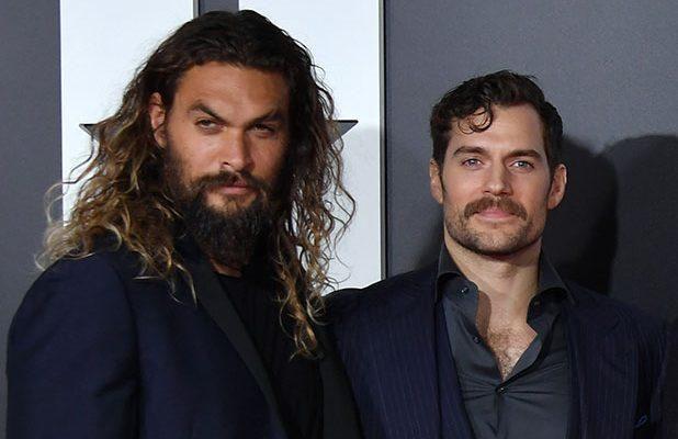 Aquaman Star Jason Momoa Says Henry Cavill Isn T Done Playing