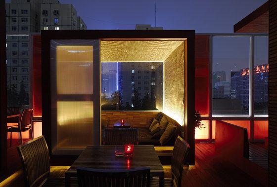 Q Bar by Crossboundaries   Café interiors