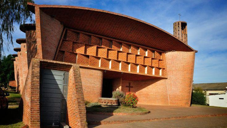 A 100 años del nacimiento de Eladio Dieste, su obra, en carrera para ser declarada patrimonio de la Unesco, es objeto de admiración y estudio