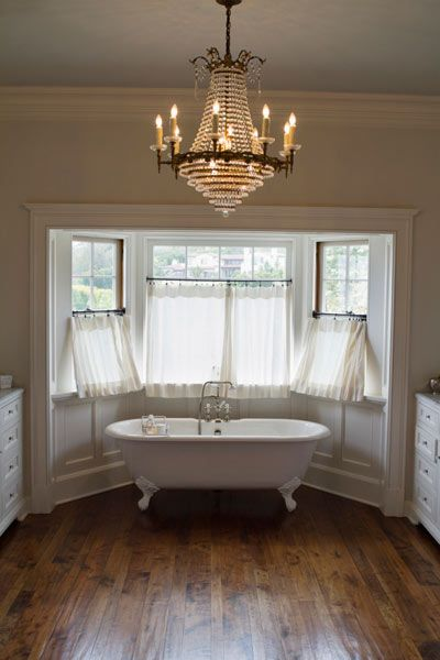 Bathroom Chandelier Do's and Don'ts: Dress up your bath without creating a safety hazard with this guide from This Old House.