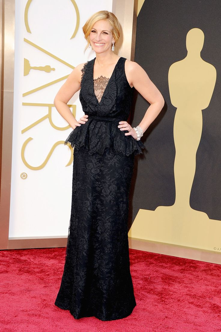Julia Roberts in black Givenchy Haute Couture at The Oscars 2014