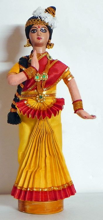 Mohini Attam Dancer (Cloth)) http://www.androidinfosys.com/