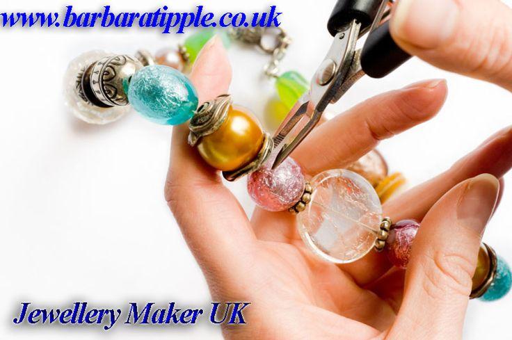 Best Handmade Jewellery Maker in UK for Stylish #FineJewellery for Wedding.