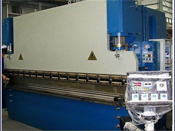 High Quality Cheap Prices Wc67y 100 Large 4 Rolls Bending Machine In Myanmar Image Of High Quality Cheap Hydraulic Press Brake Press Brake Press Brake Tooling
