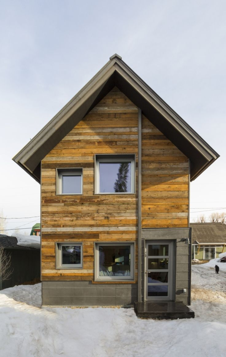 This small 2 bedroom house in steamboat springs colorado for Super insulated home plans