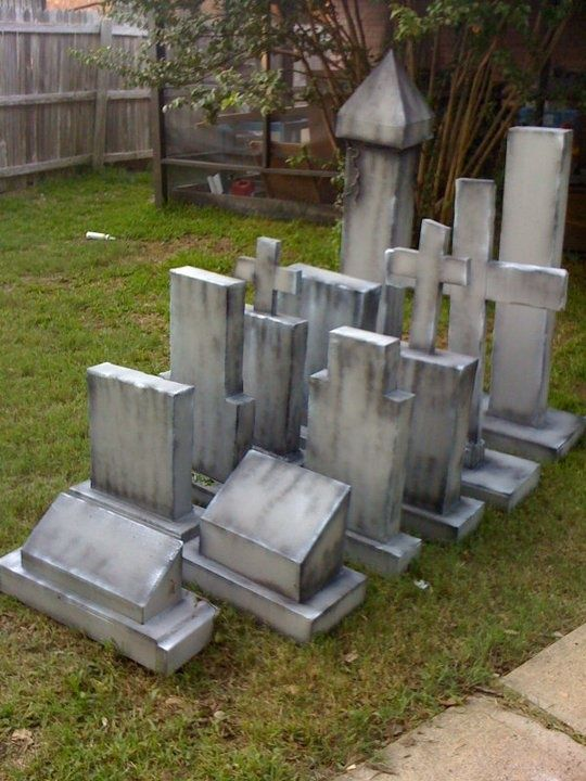 17 Best ideas about Halloween Graveyard Decorations on  ~ 204817_Halloween Decorating Ideas Tombstones