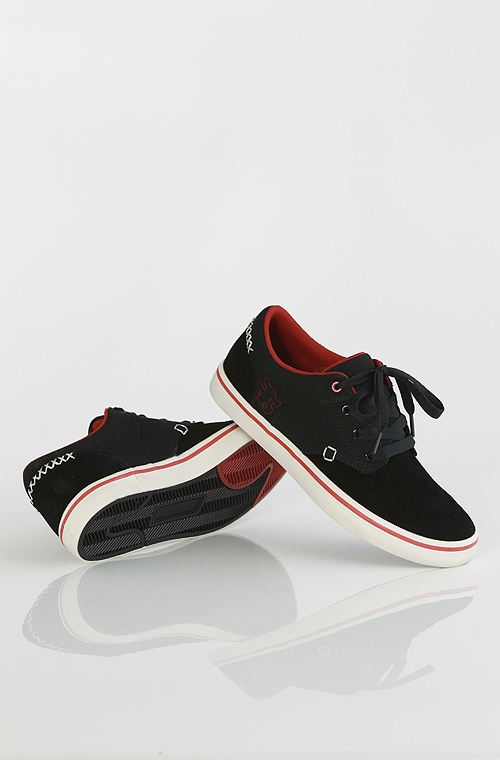 Ipath Reed Low kengät Black Suede/Canvas 49,90 € www.dropinmarket.com