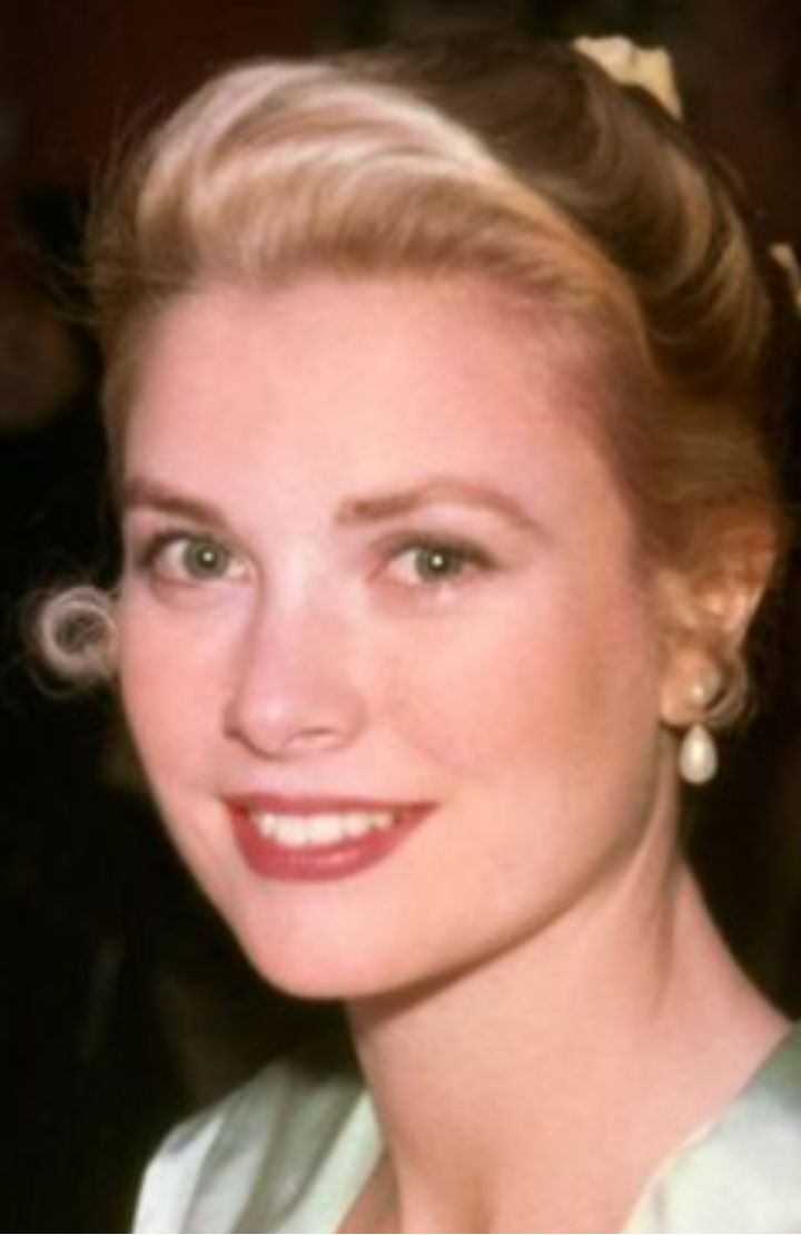 1471 best Grace Kelly images on Pinterest | Familias reales, Grace o ...