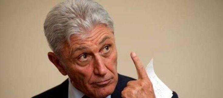 Bassolino su Renzi: È leader del Partito Democratico non il dominus della politica italiana