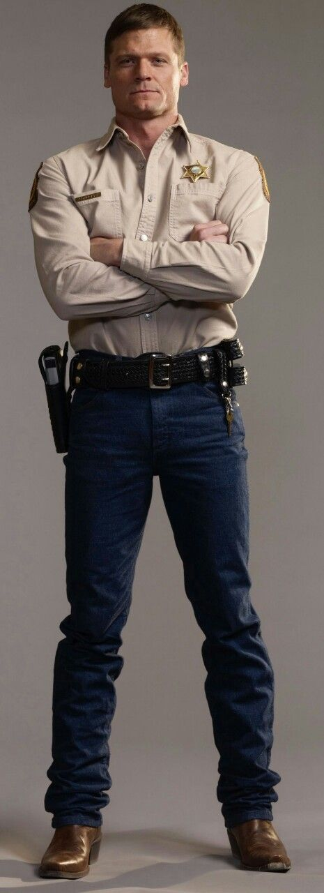 Police Lovin: Bailey Chase