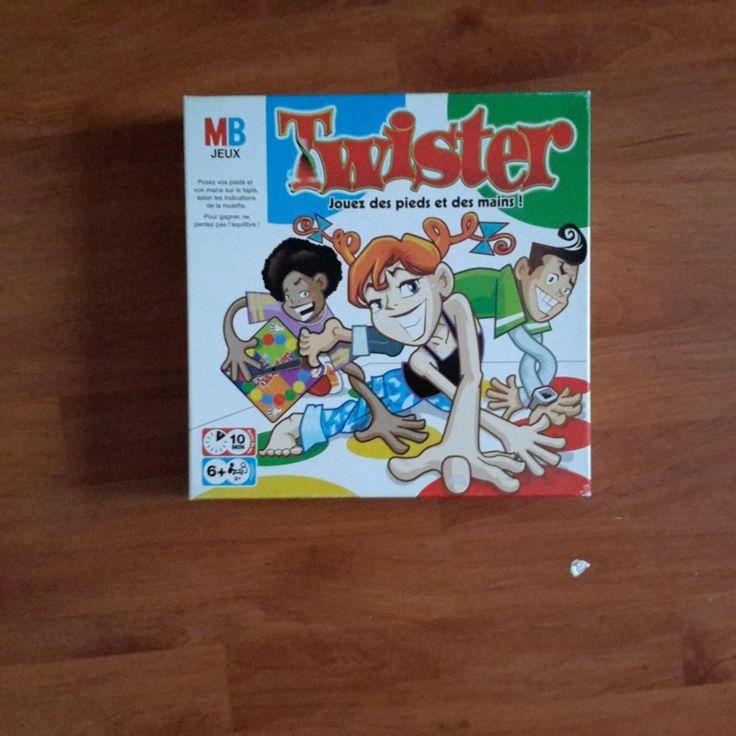 Location jeu Twister Moissy-Cramayel (77550)
