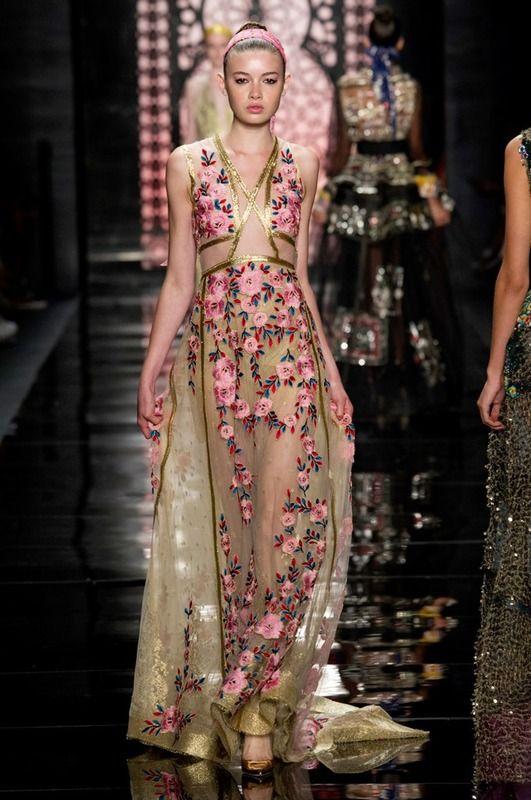 Reem Acra pv 2015 Vestido bordad de flores con transparencias