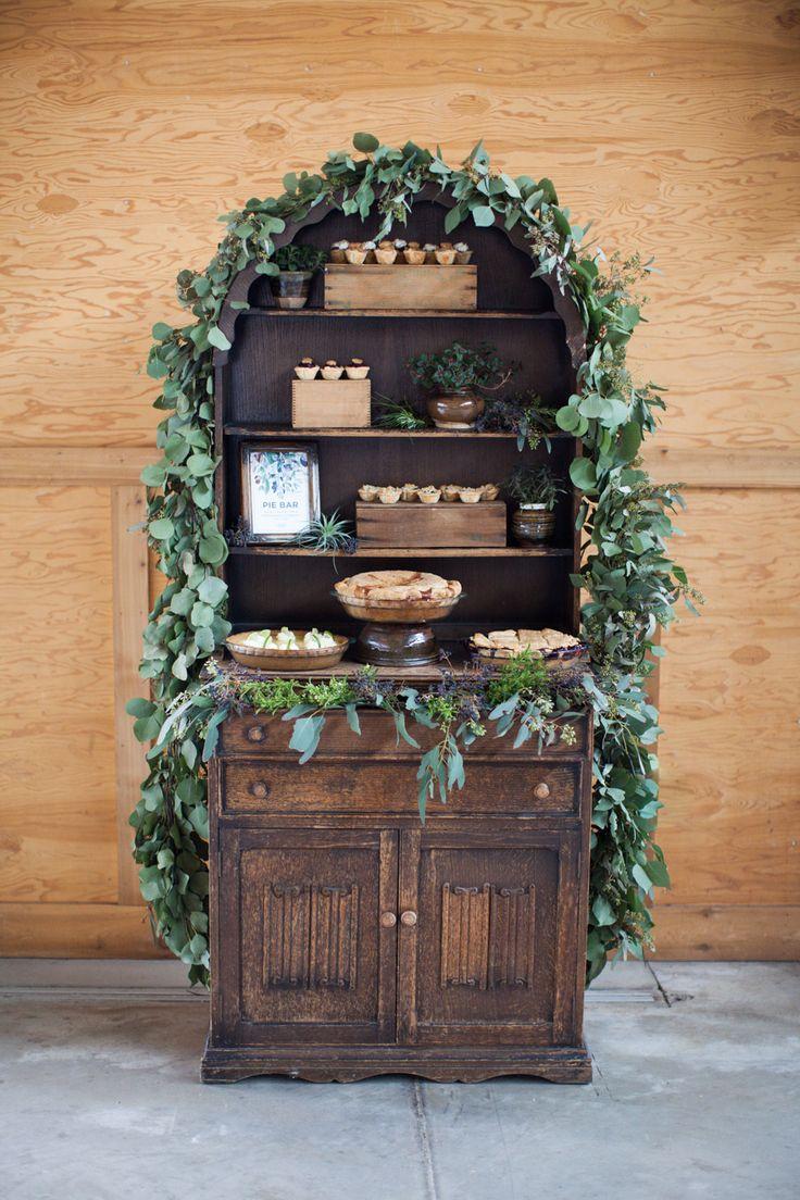 Photography : Jamie Rae Photo | Styling : Lane Of Something Borrowed Vintage Rentals | Wedding Venue : Oregon Garden Resort  Read More on SMP: http://www.stylemepretty.com/oregon-weddings/silverton/2014/06/19/elegant-garden-wedding-inspiration/