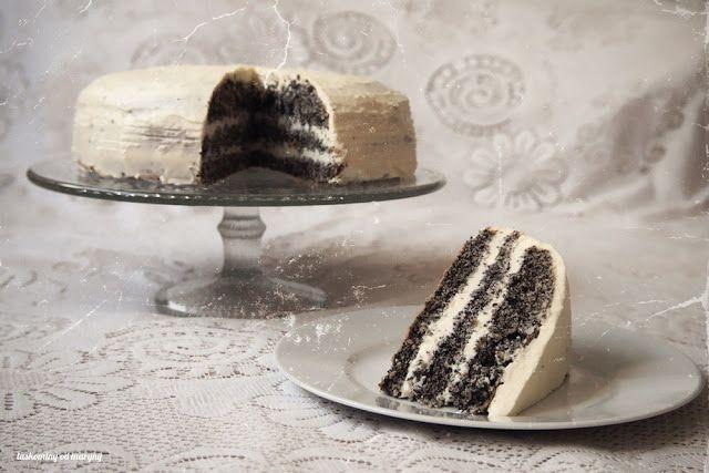 Laskominy od Maryny: Makový dort s krémem z bílé čokolády
