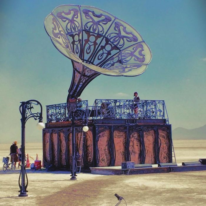 Epic Photos From Burning Man 2017: Craziest Festival In The World?
