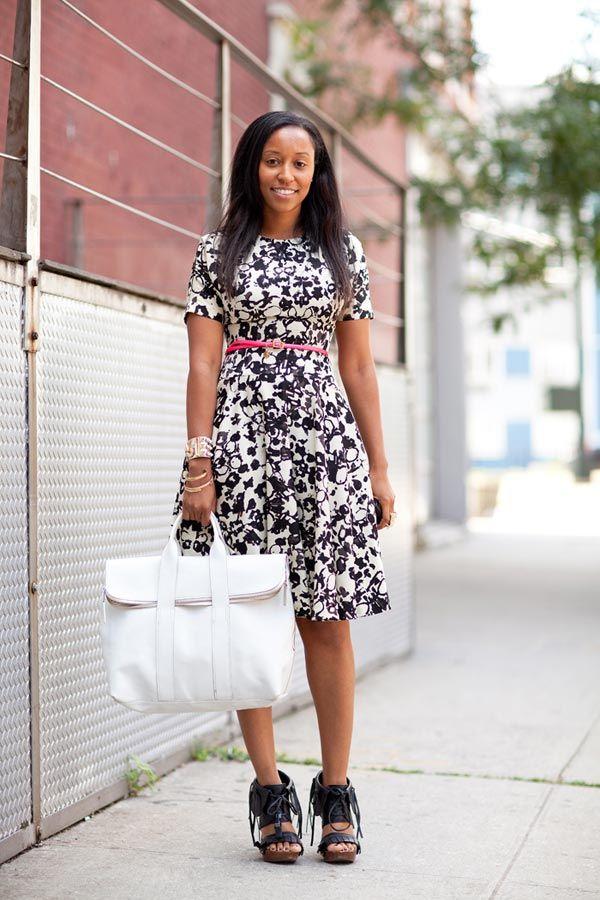 Resort 2013 Fashion Week Street Style - Harper's BAZAAR: Fashion Street Styles, Shiona Turini, White Bags, Harpers Bazaar, Chic Street Style, Four Seasons, Fashion Week, Dresses Shoes, Black Girls