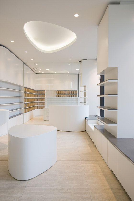 Friedrichstadtapotheke von wiewiorra hopp architekten   Shop-Interieurs
