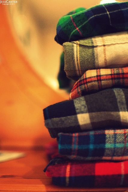 Plaids: Plaid Blankets, Plaid Madra, Plaid Flannels, Flannels To Living, Clothing Sho, Breezi Fashion, Fashion Inspiration, Fabrics Design, Plaid Plaid