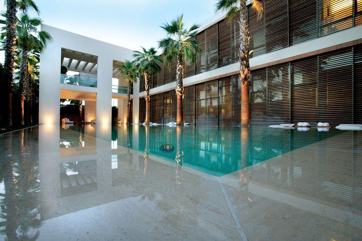 pool design dubai the transparency of a dubai pool house bizar luxury with