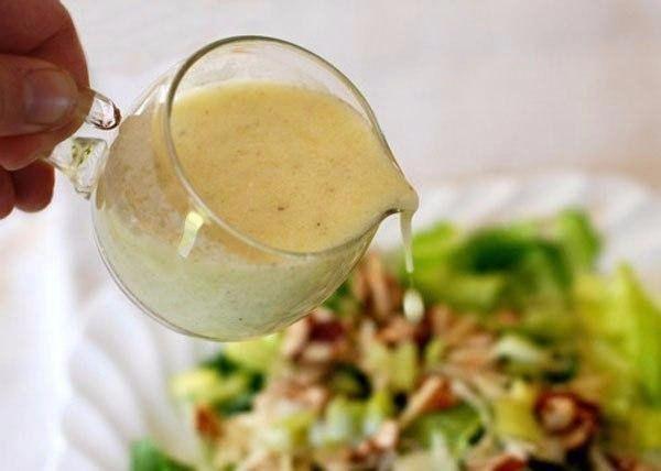 5 САМЫХ ВКУСНЫХ ЗАПРАВОК ДЛЯ САЛАТОВ  Чем мы обычно заправляем салат, так это майонезом, но заправок, на самом деле, существует огромное множество. 5 самых вкусных заправок для салатов