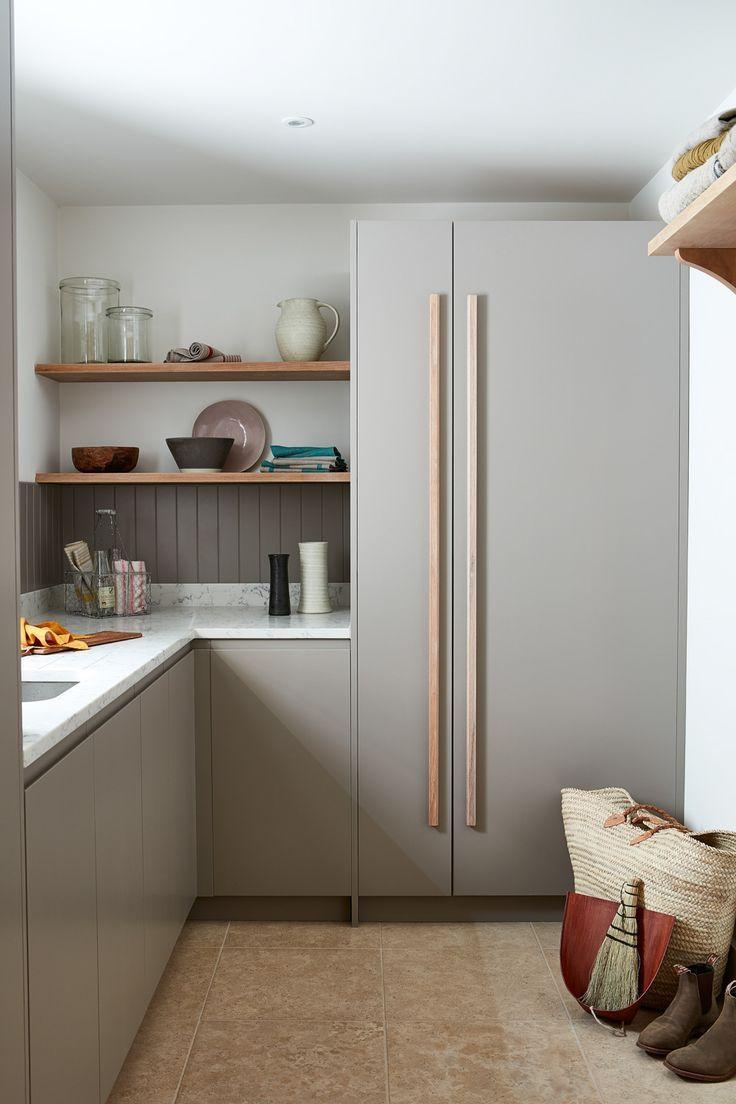 Mausgrau bringt ein samtiges Finish in die Küche – Küche & Esstisch Ideen für Familien