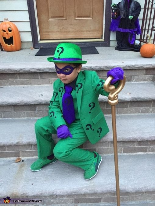 Jamie: I made this Riddler costume for my son. Purchased the green suit from Amazon as well as the question marks and glued them on to the suit. Added the detail...