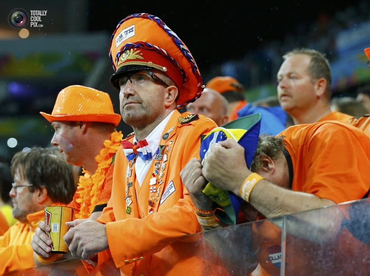 World Cup 2014: The Netherlands vs Argentina Semi-Final Highlights - Netherlands' fans show dejection after the 2014 World Cup semi-finals against Argentina at the Corinthians arena in Sao Paulo . DARREN STAPLES/REUTERS