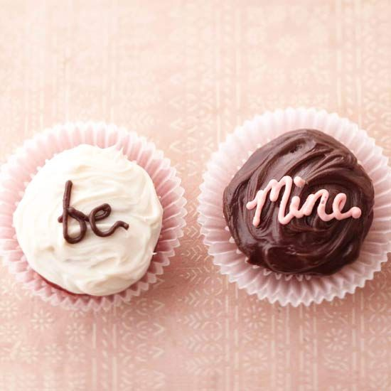 Love Note Cupcakes...what a sweet idea!