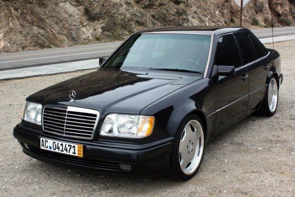 Mercedes Benz / Porsche W 124 500 E