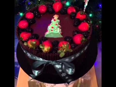 How to decorate your Christmas Tree Cake - YouTube