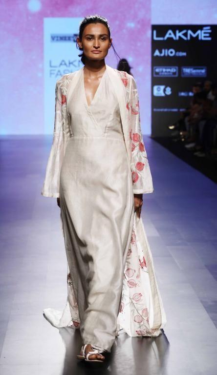 Vineet Rahul - Lakme Fashion Week - SR 17 - 3