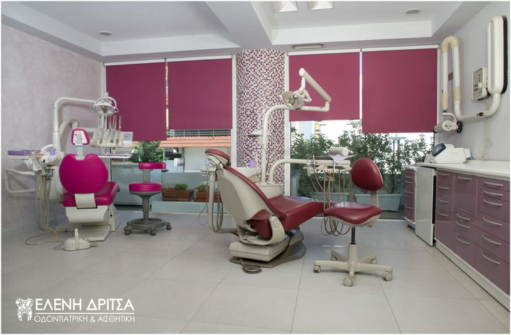 Στο ιατρείο της Ελένης Δρίτσα, όπως και σε όλους τους χώρους της κλινικής, απαράβατη αρχή είναι η τήρηση υψηλού επιπέδου υγιεινής. photo © Vicky Lafazani