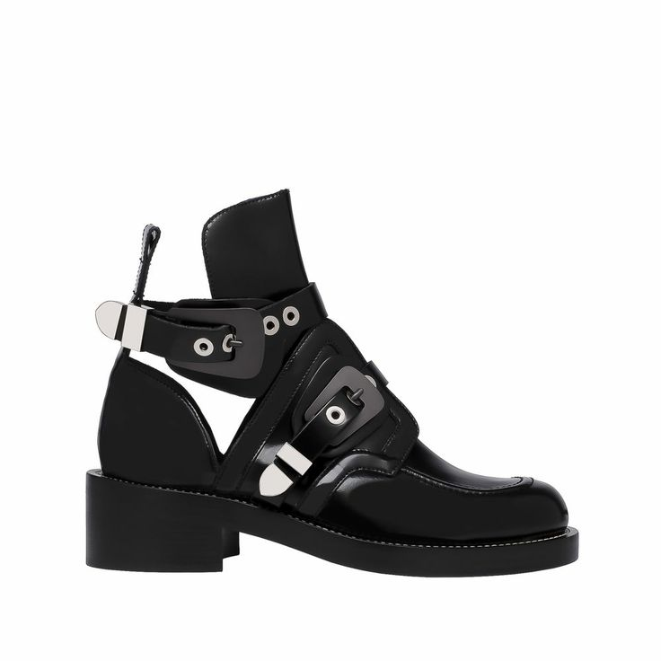 Punk spirit ankle boots
