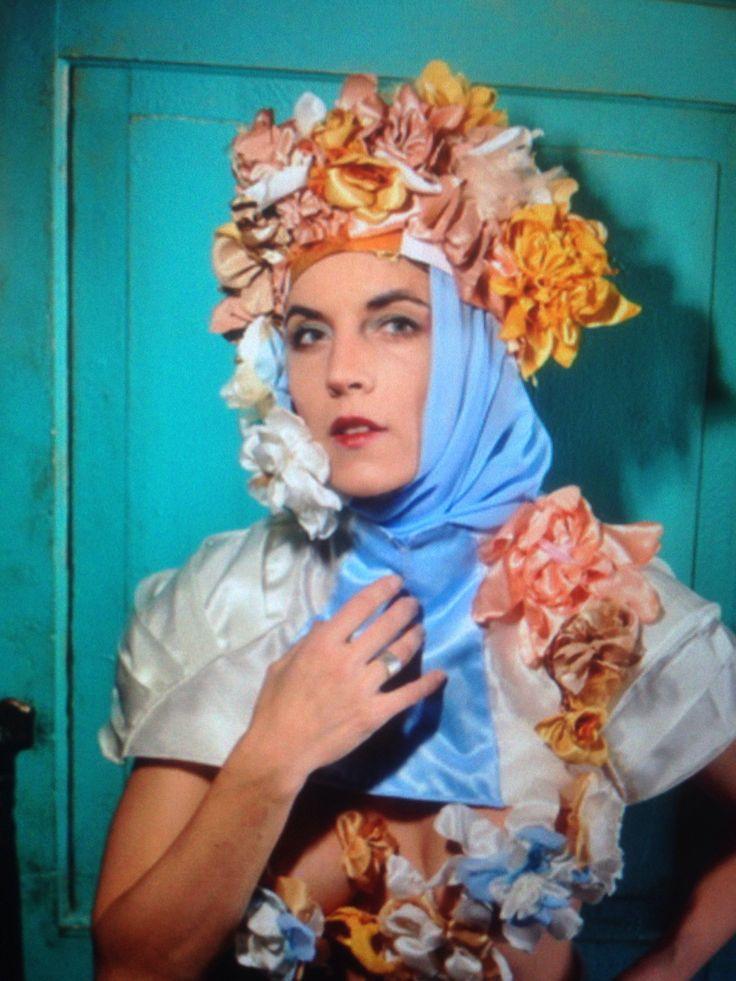Crown with flowers. Photo Irina Savina