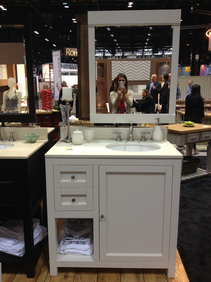 Another great vanity by Hardware Resources.Hardware Resources, Kbis 2012