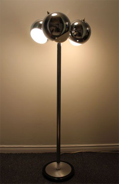 Floor Lamp Kijiji >> MID CENTURY MODERN VINTAGE ADJUSTABLE CHROME 3 EYEBALL ...