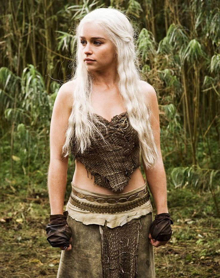 Daenerys wore more rustic clothing as queen of the Dothraki trible.