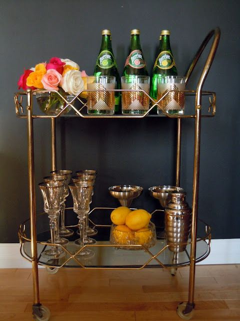 bar cart...so chic.  Would look great with a hot chocolate bar in the Winter months!
