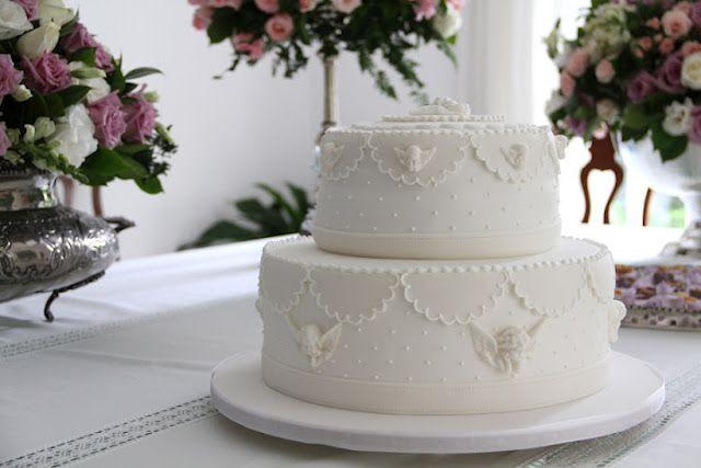 Bolo de batizadoBatizado Menino, White Cake, Bolo Batizado, Batizado Alice, Decor Batizado, De Batizado, Deborah Dolls, Amici, Mai Linda