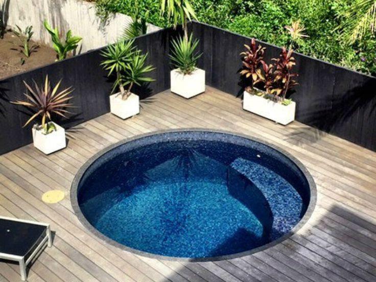 Stock Tank Pools Ideas Diy Stock Tank Pools And Stock Tank Pools Inspiration Backyard Pool Backyard Pool Landscaping Little Pool