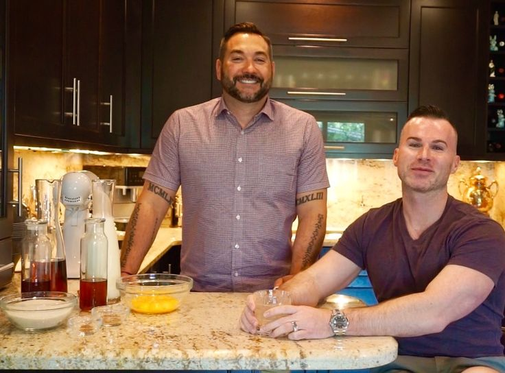 Sitting in the Kitchen with Tedd:  The Traberts Recipe for Getting Snookered on Nine-Month Aged Eggnog http://ift.tt/2oRpapp