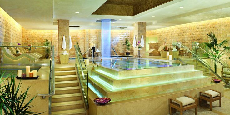 #JSSpa - Caesars Palace, Las Vegas, USA - Reminiscent of Roman baths, QUA Bath & Spa is ideal for relaxed social spa-ing.
