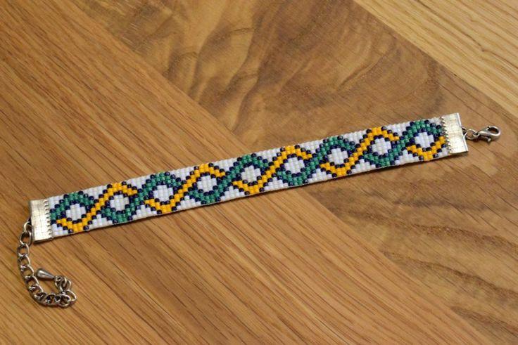 Bracelet celtic braid. Made on a loom with Miyuki delica beads.